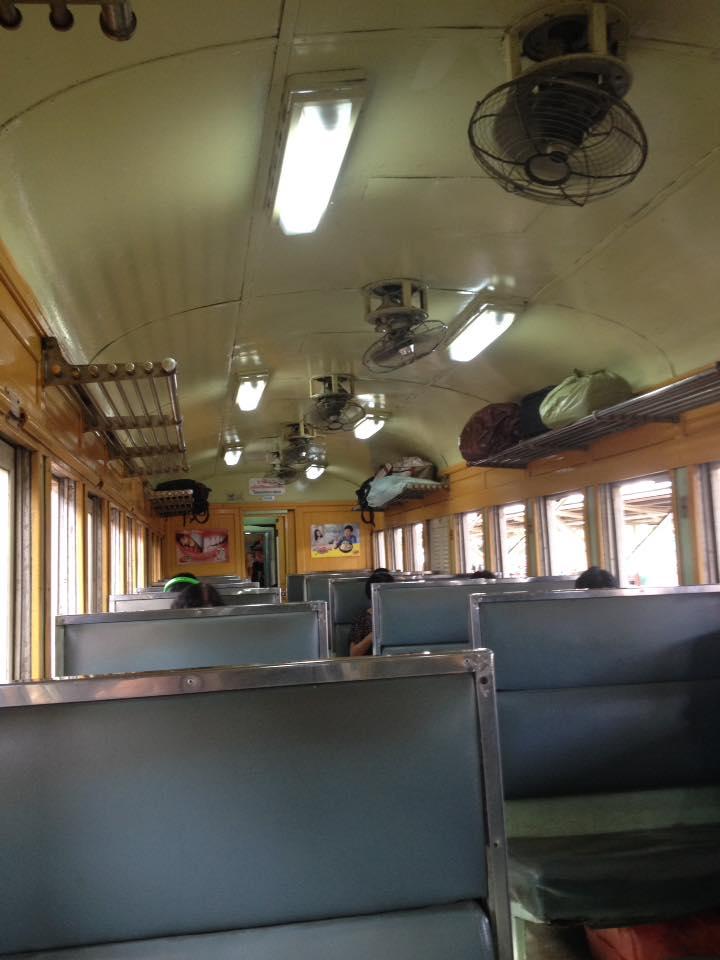 Treno-da-bangkok-a-Ayutthaya