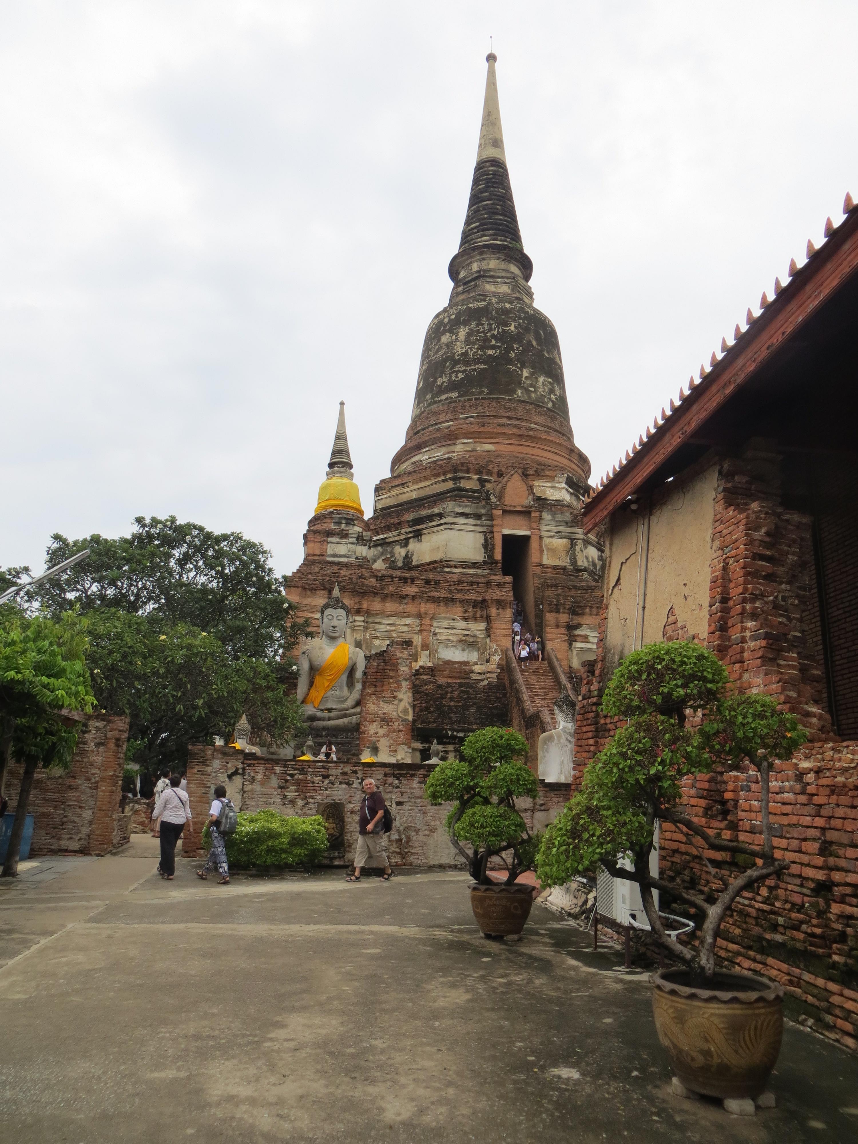 Wat-Yai-chai-mongkon-Ayutthaya