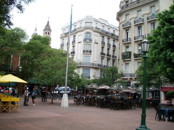 Plaza-Dorrego-Buenos-Aires