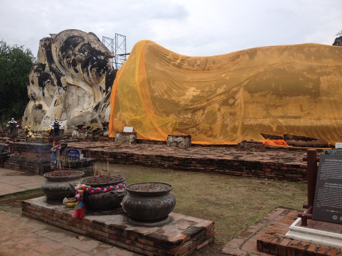 Buddha-reclinato-Ayutthaya