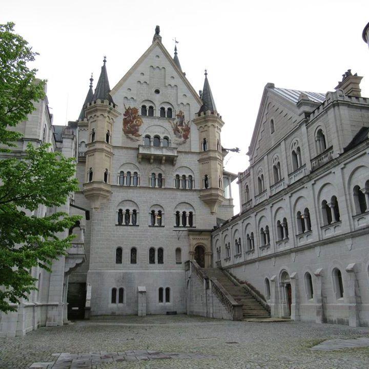 neuschwanstein-cortile