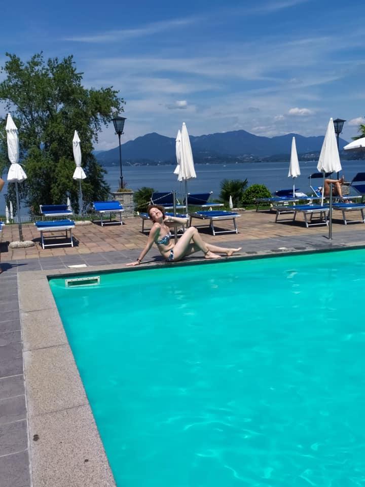 conca-azzurra-at-swimming-pool